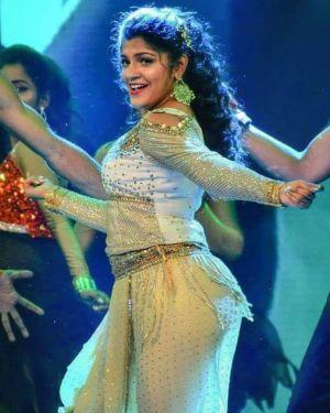 Soorarai-Pottru-actress-Aparna-Balamurali-2021-01-05-min