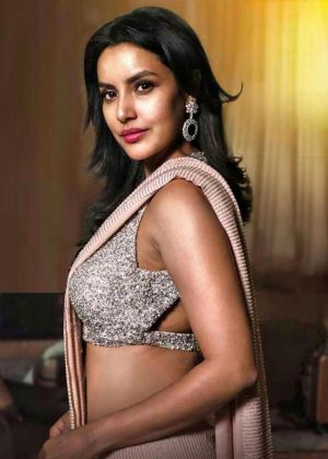 Actress-priya-anand-dream-entry-video-song
