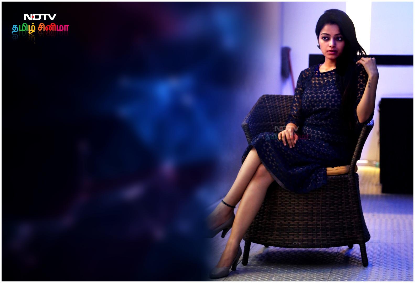 janani iyer_sexy-hot eyes-thegidi-heroine-big boss beauty-HD photoshoot pics