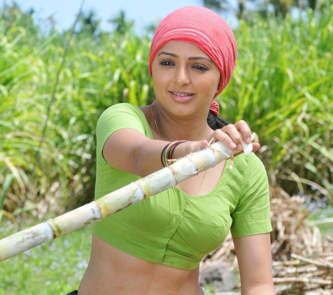 Actress Bhoomika chawla Stills