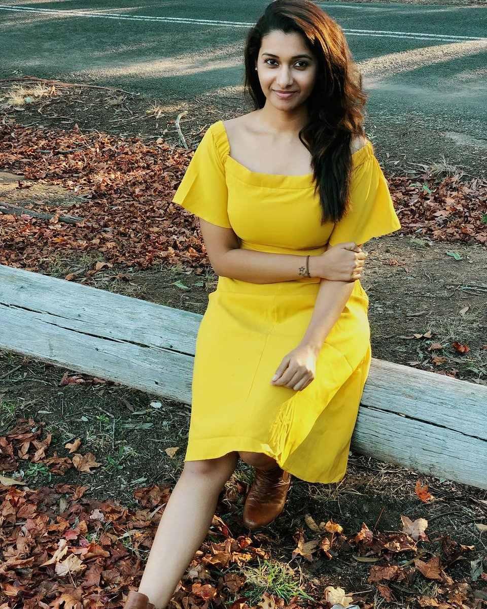 Monster Heroine Cute & hot Priya Bhavani shankar