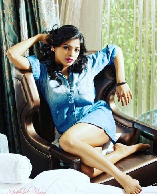 Hottie suchi-leaks-actress-Soodhu Kavvum-heroine-sanchita-shetty-meaty-hot-exposing-thunder-thighs-pictures