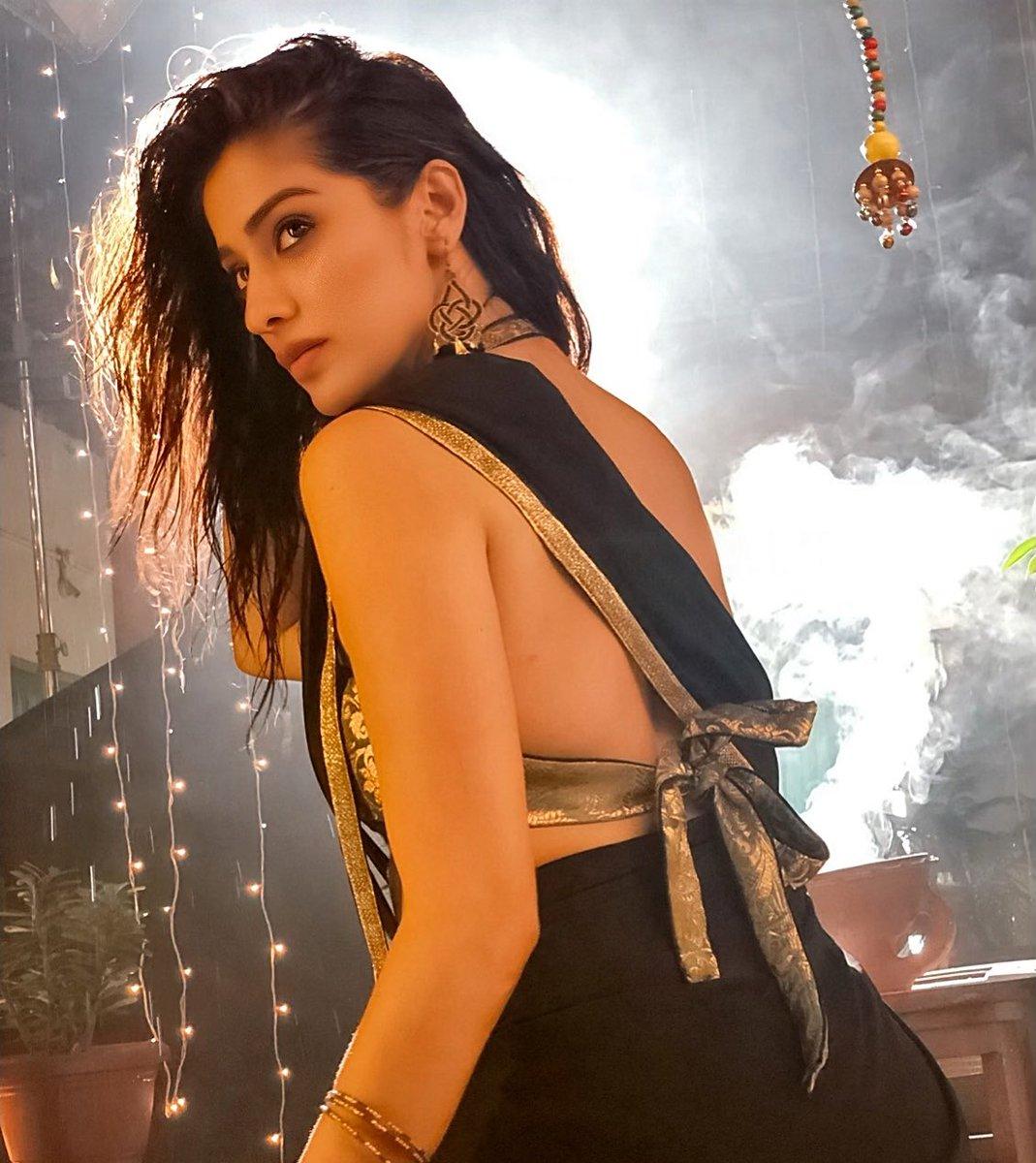 Laxmi Raai - Where is The Venkatalakshmi Movie Teaser-Praveen-Madhu Nandan-Mango Music