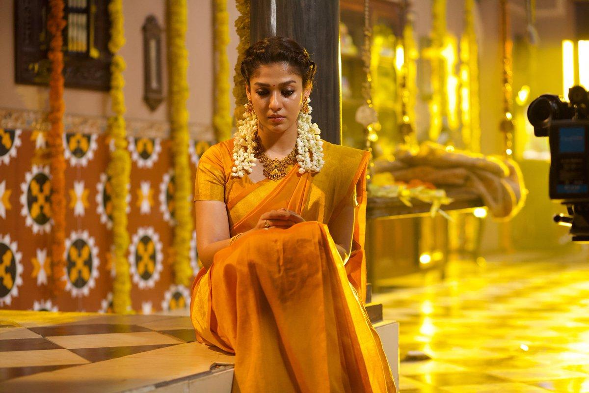 Lovely-Nayanthara LadySuperstar-AiraaOnMarch28-Airaa11DaysToGo-AiraaOnMarch28th 1