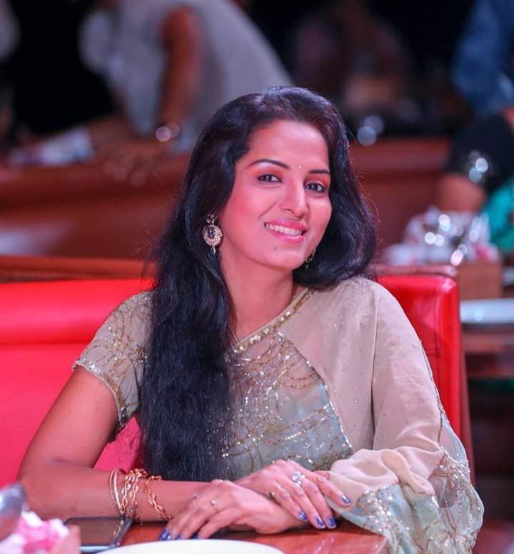 90s Movie Ilayathalapathy Vijay's Deva & Thala Ajithkumar's Vaanmathi's heroine Swathi is eager to make a comeback to Tamil Cinema after a longtime