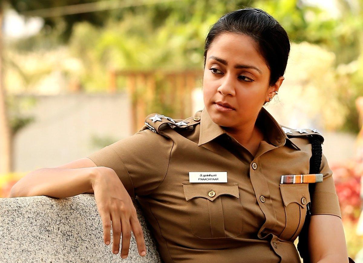 Evergreen Hot Beautiful actress Jyothika Gallery