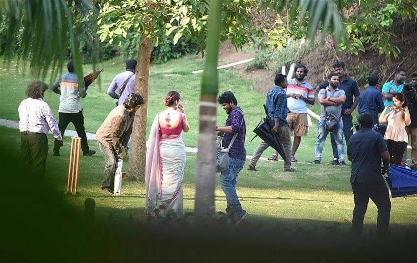 Thalaivar playing cricket-Could be a rehearsal-DarbarShoot