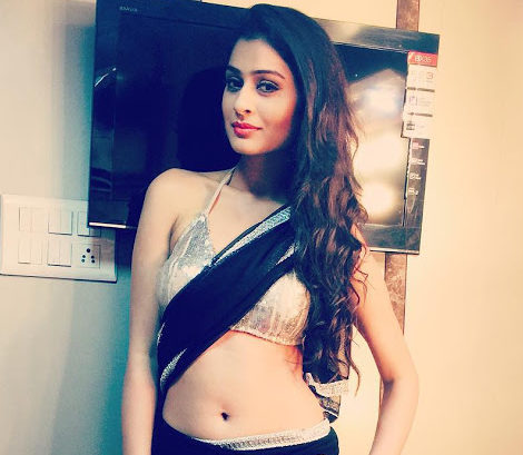 rx100-movie lead-actress-Payal Rajput naughty hot photos-physical measurements-bust-waist sizes