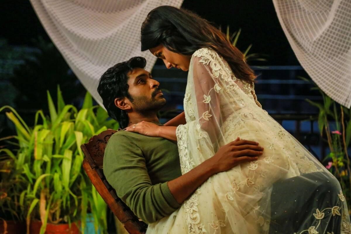 vikram-prabhu-mahima-nambiar-transparent-saree-hot-stills-asuraguru-movie-images