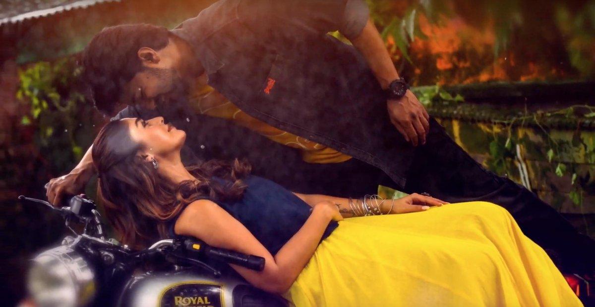 Romantic Single Song Unakaga from Bigil Starring Vijay and Nayanthara Music by A.R Rahman Directed by Atlee